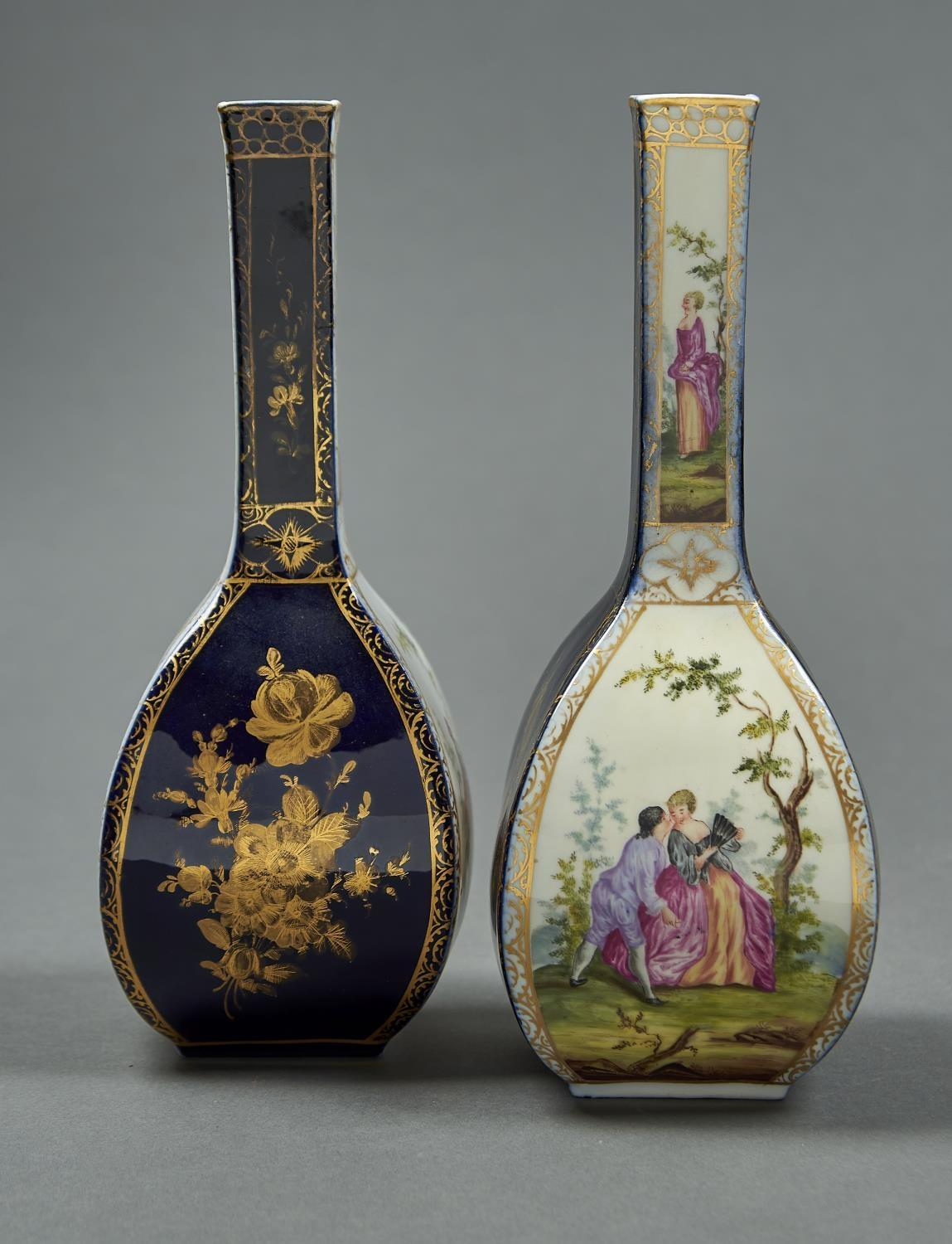 A PAIR OF GERMAN PORCELAIN BOTTLE SHAPED VASES, EARLY 20TH C, OF SQUARE SECTION, PAINTED WITH 18TH C