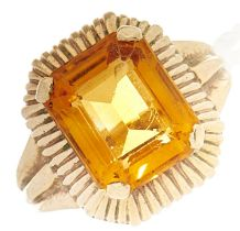 A citrine ring, in gold, 6.9g, size K