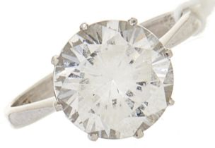 A white stone ring, in white gold marked 750, 3.8g, size L