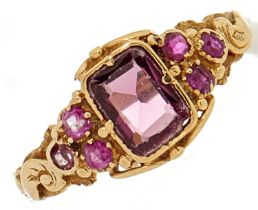 A synthetic ruby ring, in gold, 2.2g, size N
