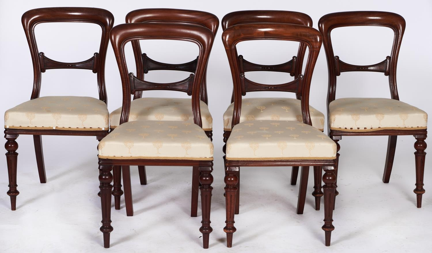A set of six Victorian mahogany dining chairs, on fluted legs, seat height 45cm Uniformly good