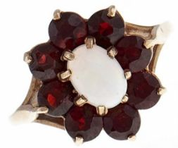 An opal and garnet cluster ring, in 9ct gold, 3g, size O Good condition