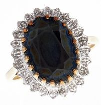 A sapphire ring, in 9ct gold, 5.2g, size P½ Good condition