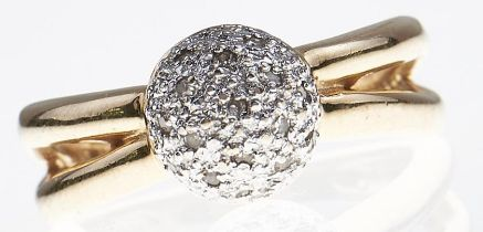 A diamond cluster ring, in gold marked 585, 5.4g, size M Good condition