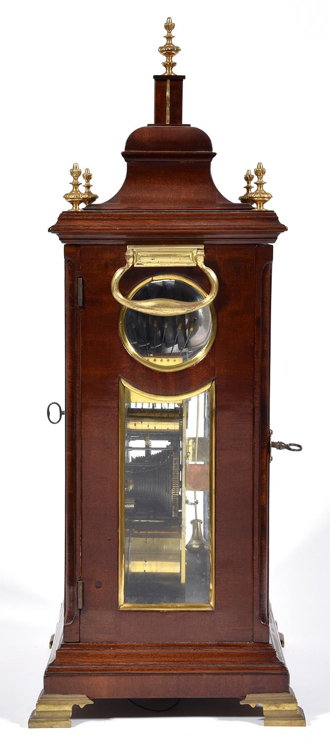 An English mahogany bracket clock, Edward Pashler, London, c1775,the breakarched brass dial with - Image 4 of 4
