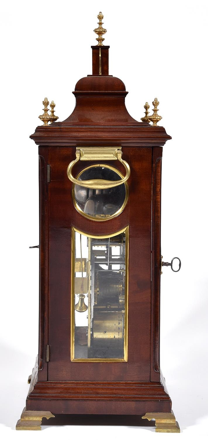 An English mahogany bracket clock, Edward Pashler, London, c1775,the breakarched brass dial with - Image 3 of 4