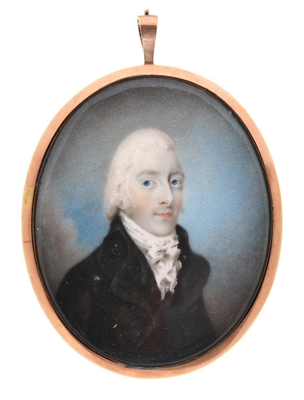 Attributed to ThomasRichmond(1771-1837) - Portrait Miniature of a Gentleman, in a dark brown