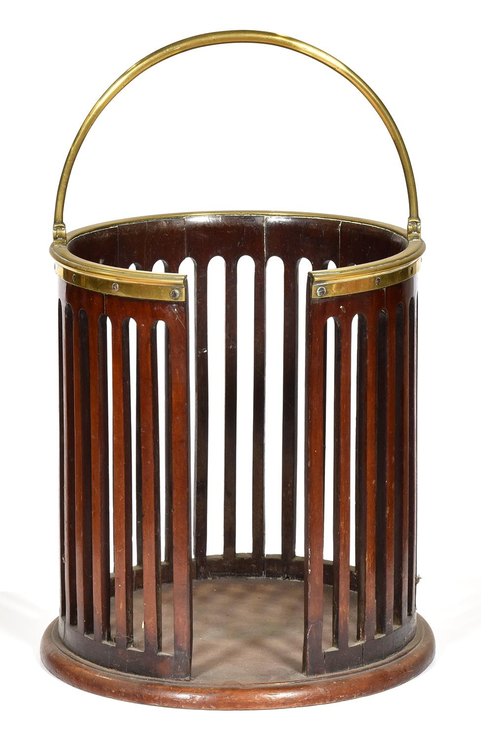 A George III brass mounted mahogany plate bucket, early 19th c, with moulded brass rim and swing