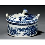 A Worcester butter tub and cover, c1770, transfer printed in underglaze blue with the Fence pattern,