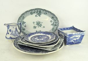 A small collection of transfer printed wares, blue & white and green & white, including Cauldon,