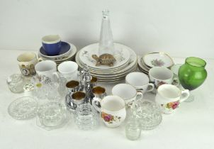 A collection of assorted ceramics, to include Royal Worcester 'Evesham',