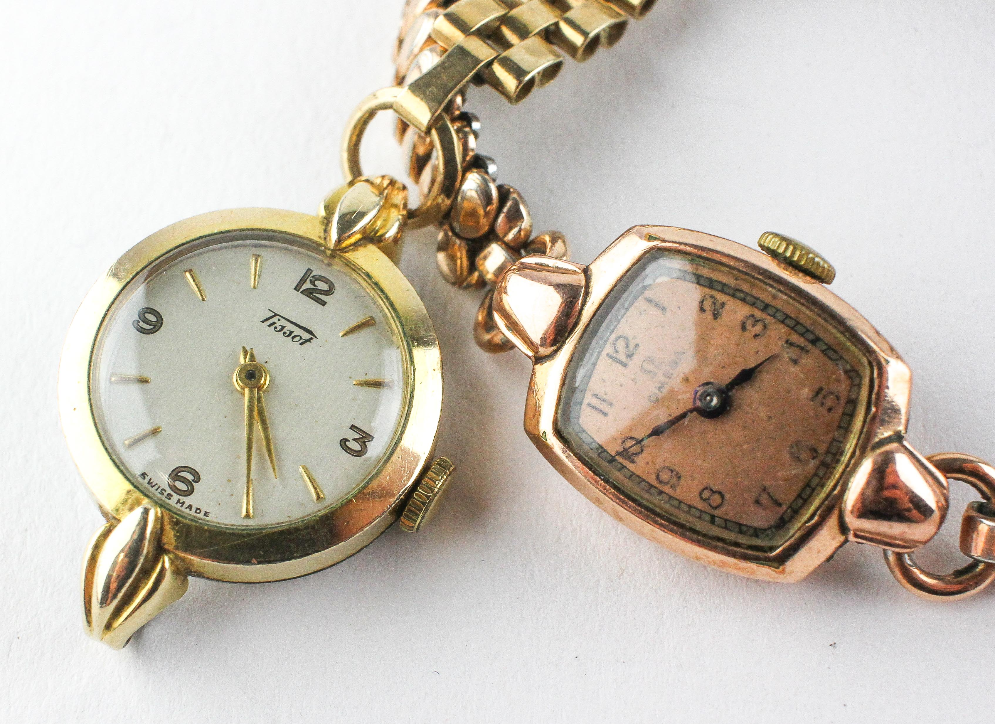 An Omega wristwatch with mechanical movement. Personal inscription to case. Stamped 14ct Filled.