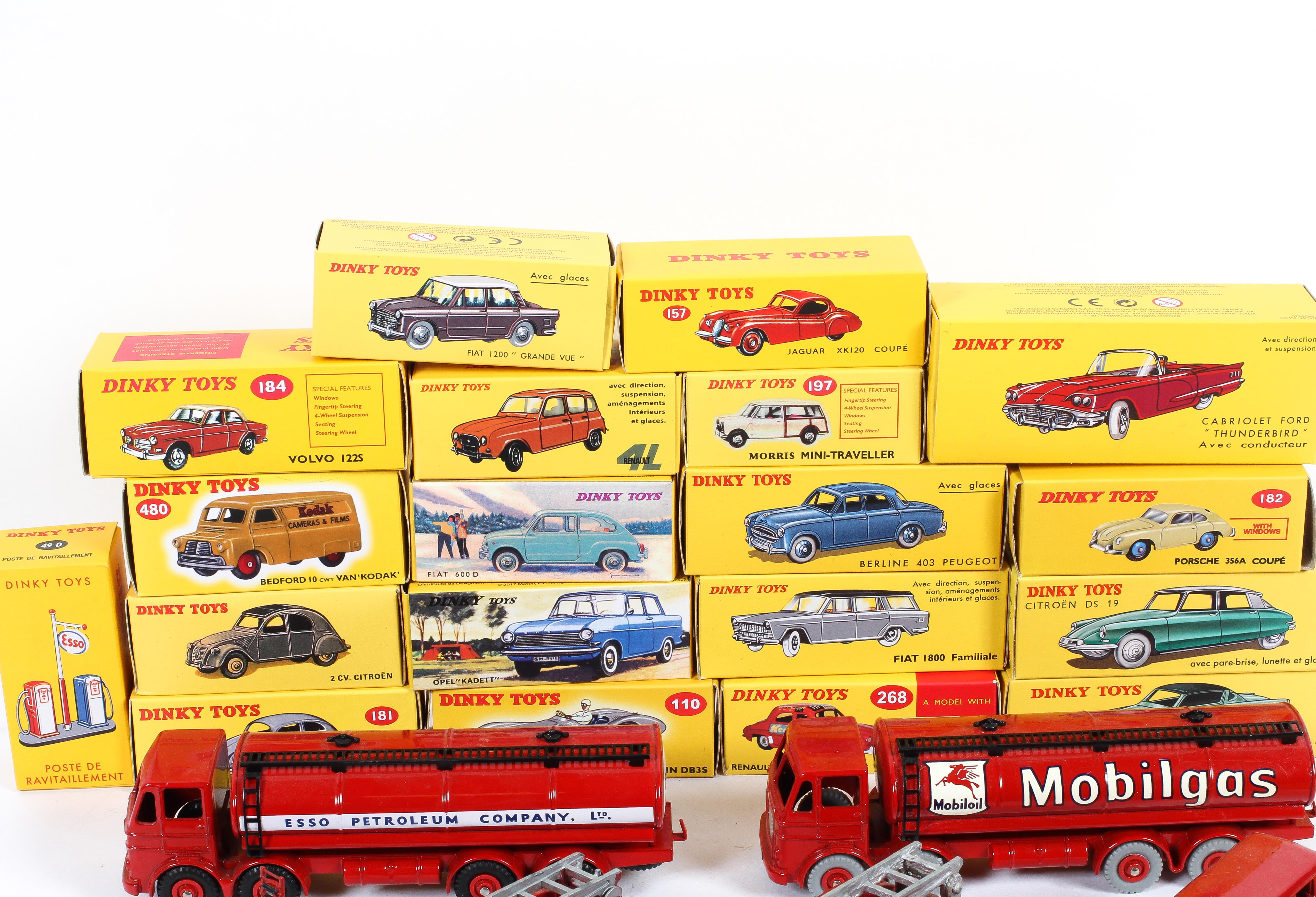 A collection of Dinky Toys in boxes, including: a Cabriolet Ford Thunderbird, an Aston Martin, - Image 2 of 3
