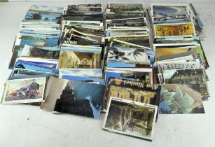 A collection of approx 900 - 1000 postcards,