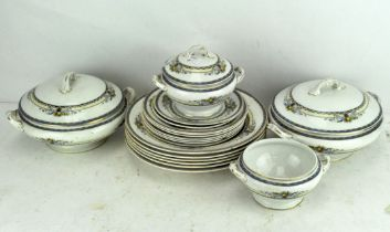 A Wedgwood imperial porcelain dinner service in the 'Derwent' pattern