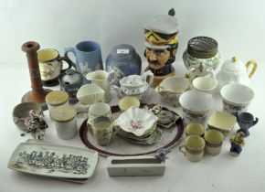 A group of mixed ceramics, to include lidded ginger jar, Coalport pin dishes,
