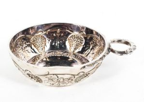 A sterling silver single handled Quaish with chased design by CJ Vander Ltd, London,1973, 4.
