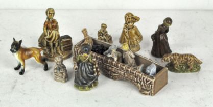 A selection of various Wade Whimsies,
