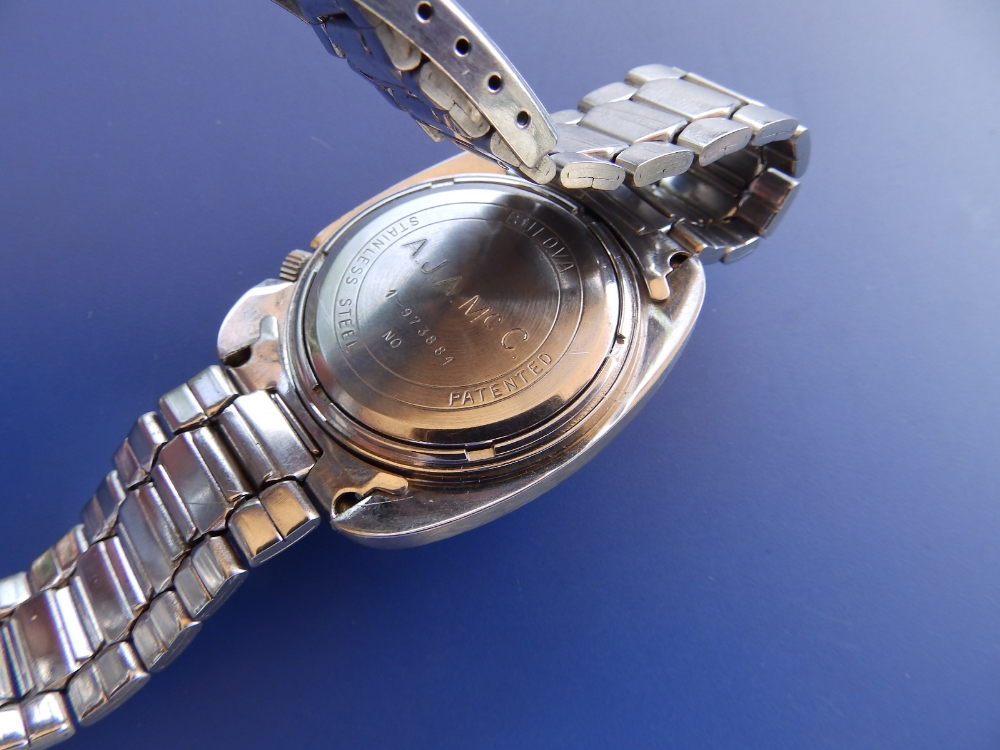 A gent's stainless steel Bulova Accutron Day/Date , with centre seconds, blue baton numerals. - Image 2 of 2