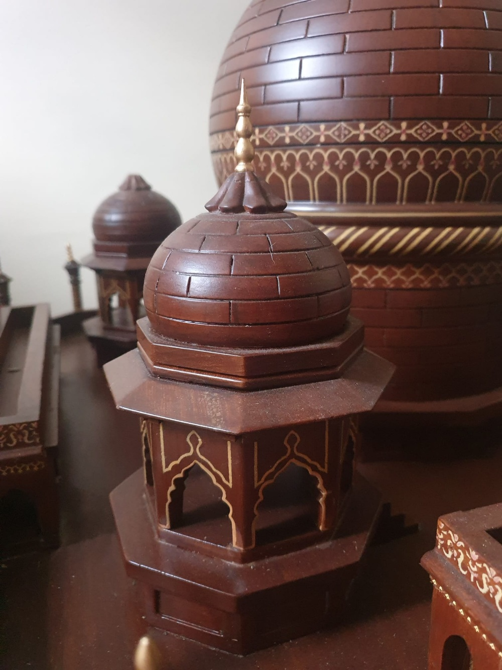 """A large wooden model of the Taj Mahal, Width 45"""", Height 32"""". Viewing by prior arrangement. - Image 2 of 8"""