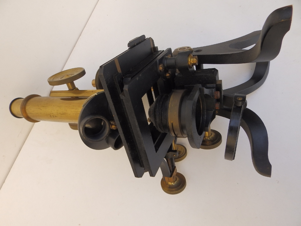 A brass & black lacquered microscope by Henry Crouch, London 9804, bearing War Department marks 'H7' - Image 4 of 4