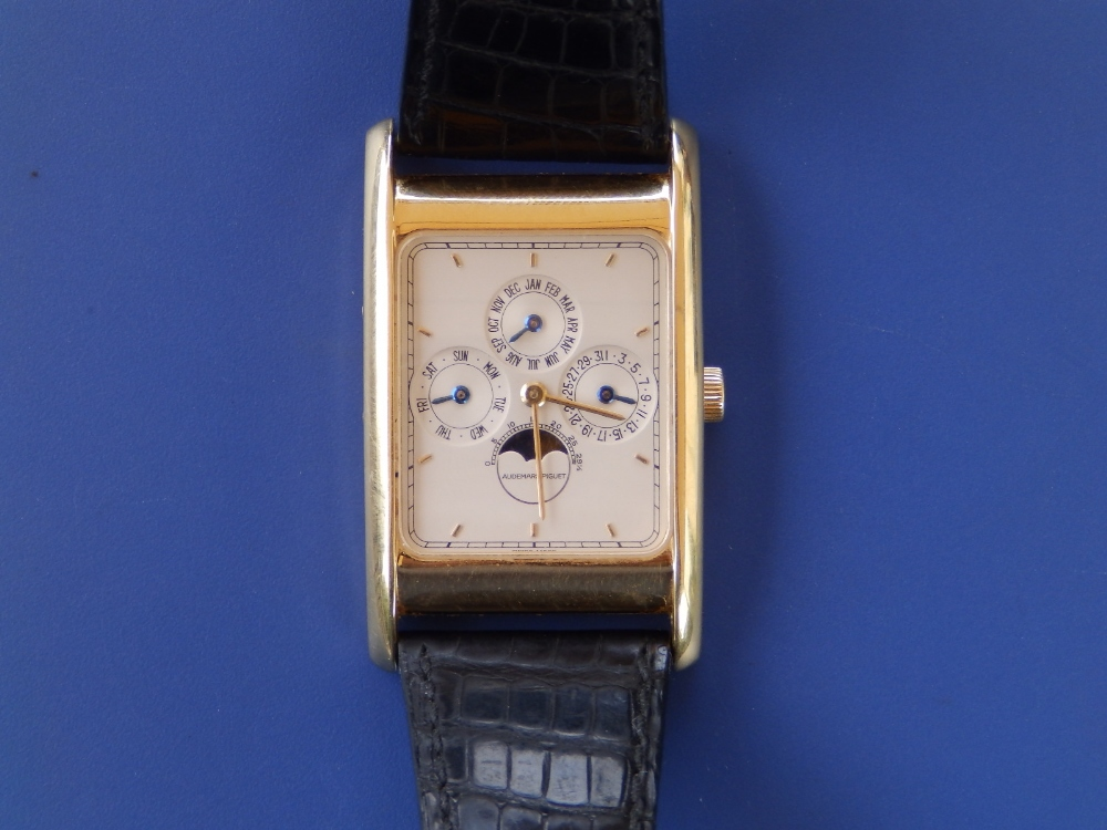 A gent's 18ct gold Audemars Piguet Perpetual Calendar wrist watch with moonphase, the white