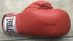 BOXING - MUHAMMAD ALI AUTOGRAPHED BOXING GLOVE