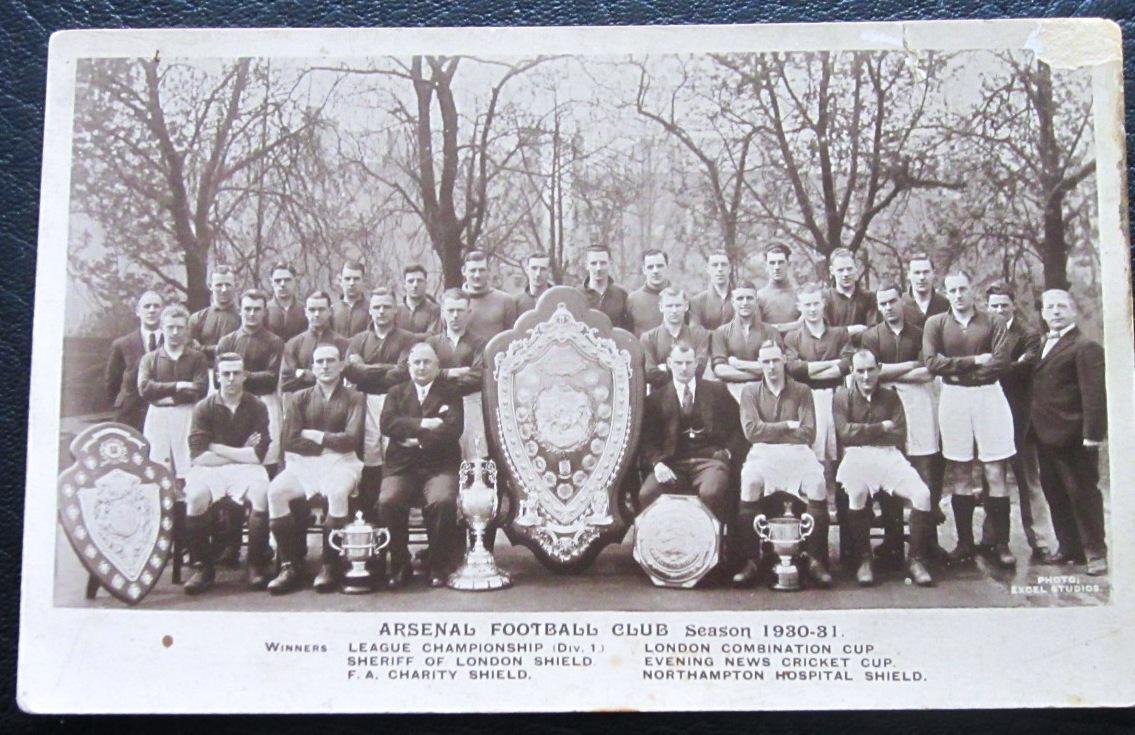 ARSENAL - ORIGINAL POSTCARD 1930-31