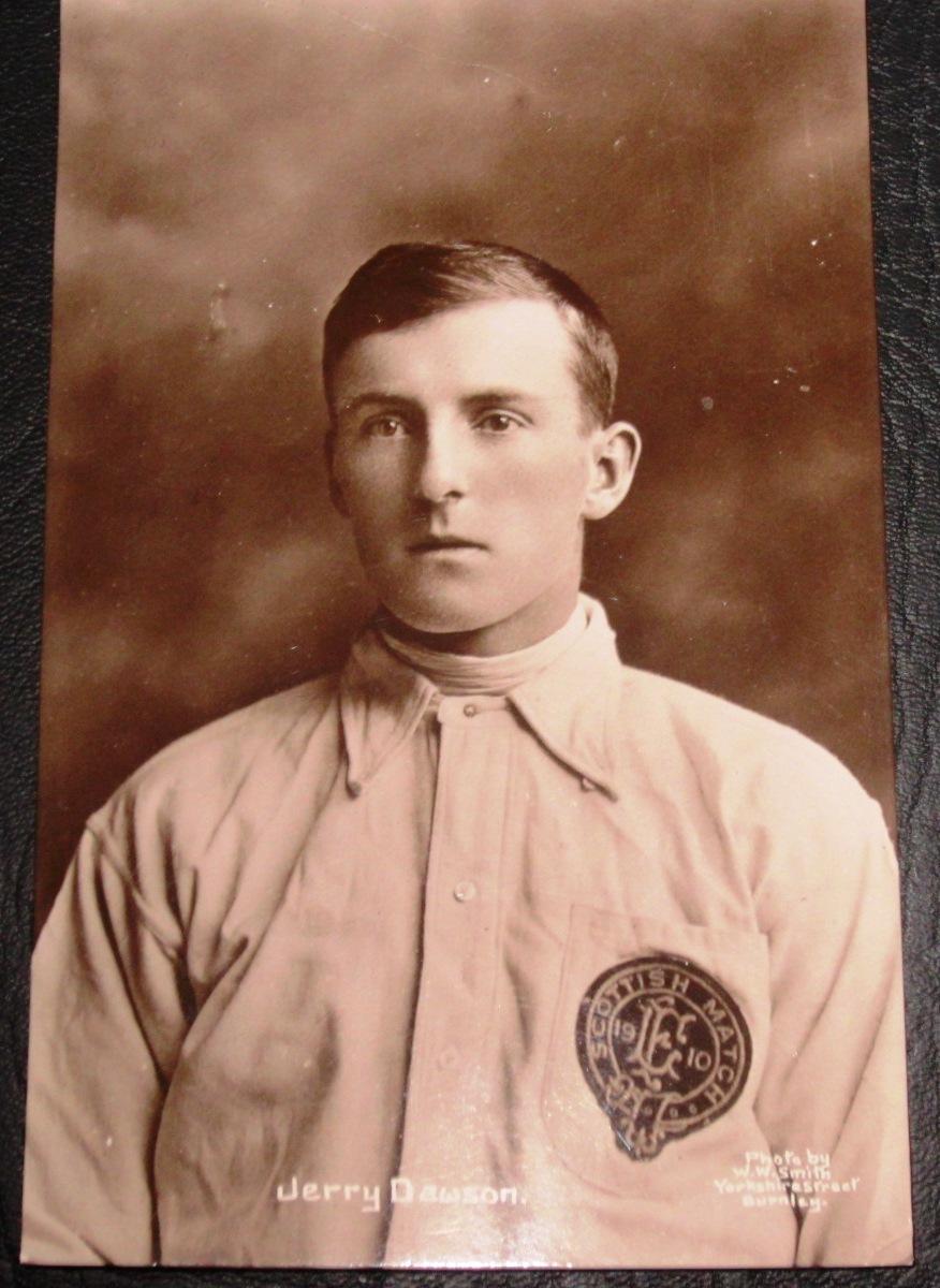 BURNLEY & ENGLAND'S JERRY DAWSON ORIGINAL 1910 POSTCARD
