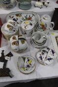 Royal Worcester Evesham pattern tea set,