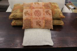 Box of six cushions