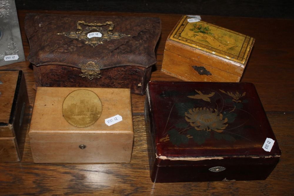 An embossed leather sewing box, together - Image 3 of 3