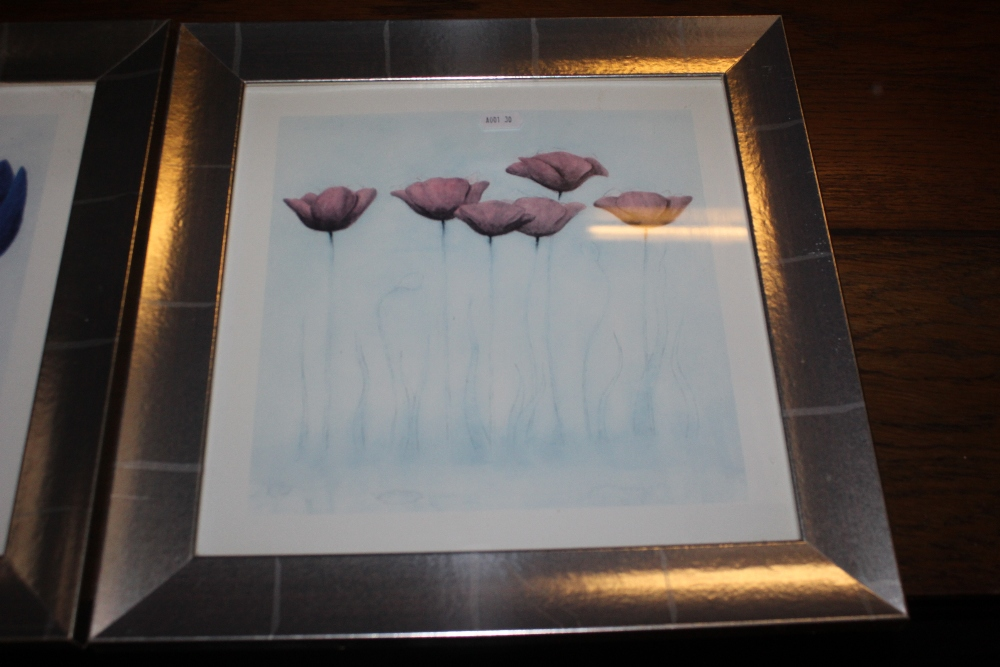 Two decorative floral prints, in silvere - Image 3 of 3