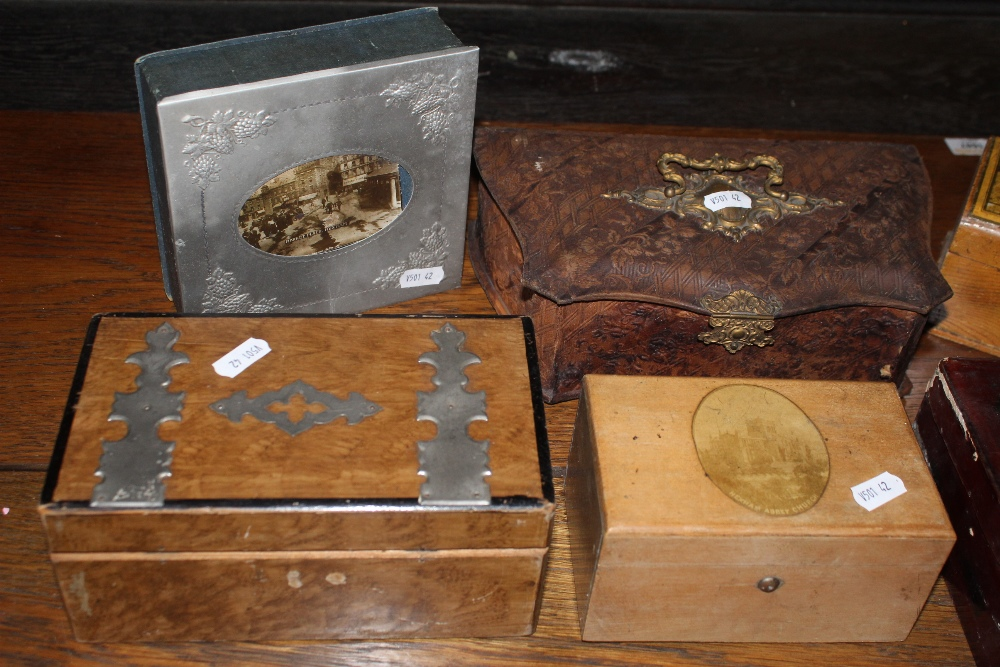 An embossed leather sewing box, together - Image 2 of 3