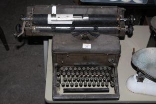 A vintage imperial No 60 typewriter.