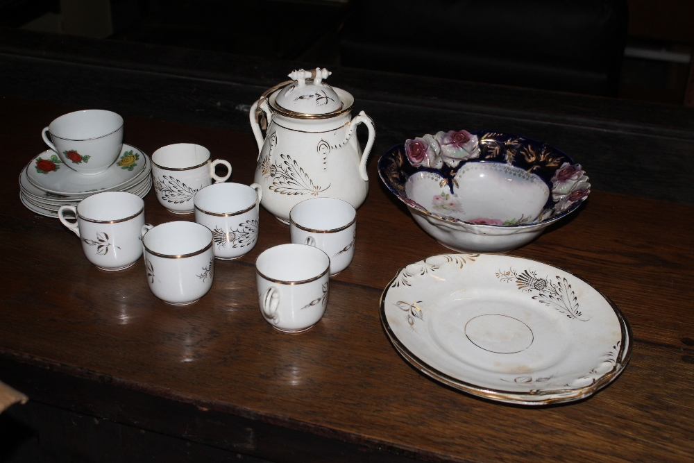 A box containing two part tea sets, one - Image 2 of 2