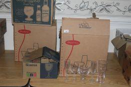 6 boxes of miscellaneous hotel glassware