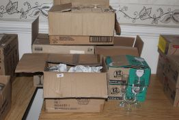 4 boxes of miscellaneous hotel ware glas