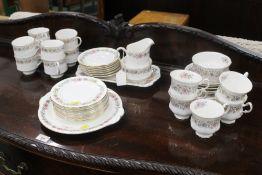 A Royal Albert Belinda pattern tea servi