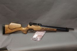 Kub Prestige cal 22 pre-charged air rifle, screw cut and with a beech stock,