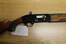 """Beretta model A302 semi automatic shotgun, 5 +1 with a 25 3/4"""" barrel, multi choke,"""