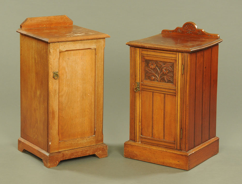 A late Victorian mahogany bedside cupboard of Arts and Crafts design, with reeded mouldings,