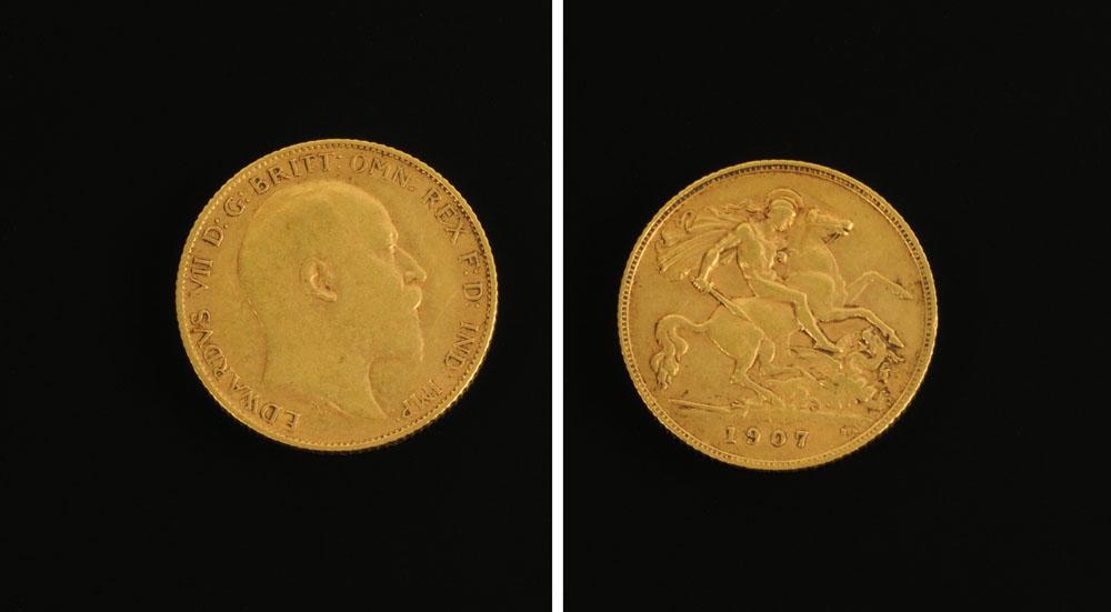 An Edward VII 1907 half sovereign.