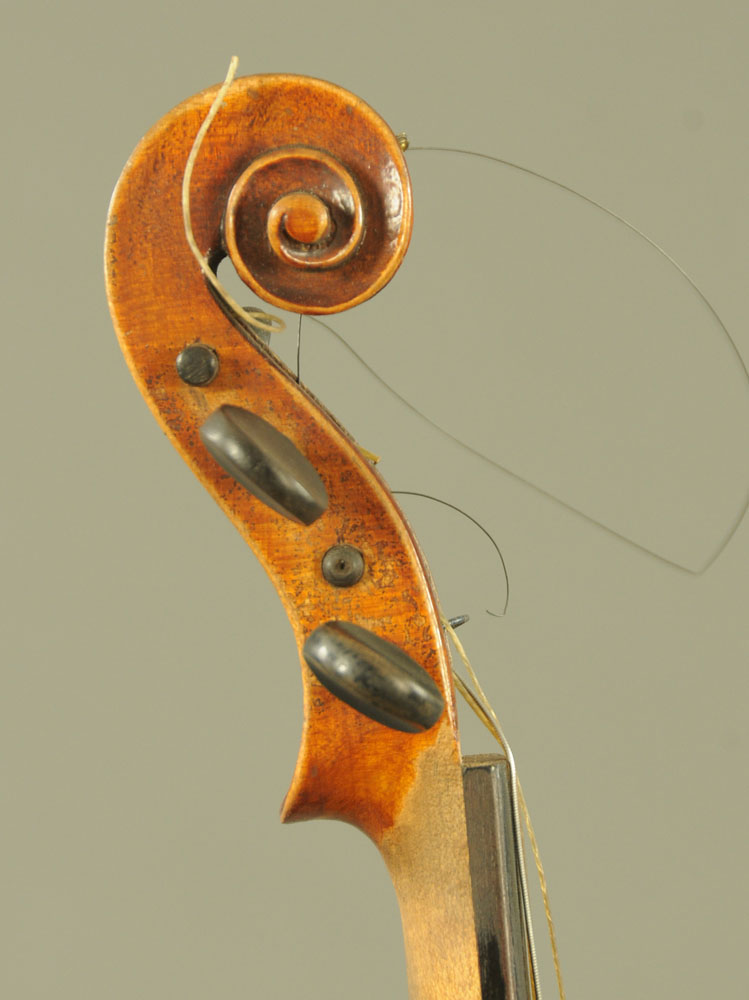 A 19th century violin, with paper label Conzert-Violin Stradiuarius Cremonensis Faciebat AO.17. - Image 5 of 16