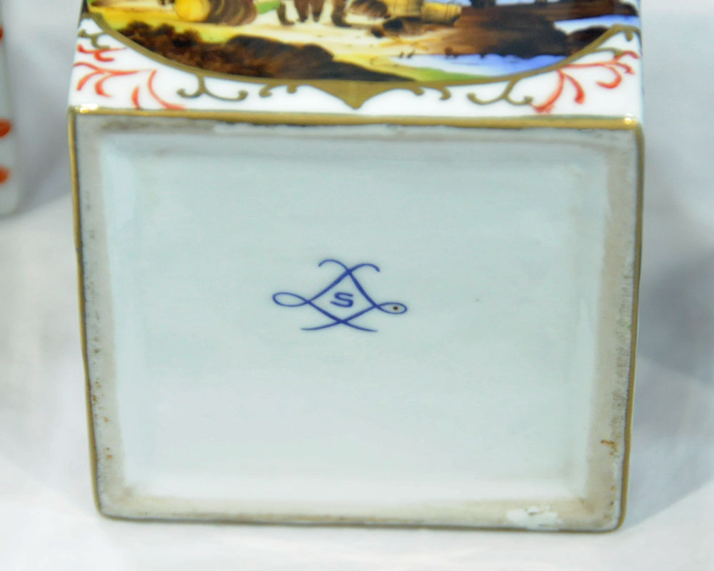 Two continental tea caddies, one porcelain, one Dutch Delft together with a small lidded wine flask. - Image 3 of 4