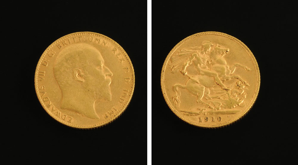 A George V 1910 sovereign.