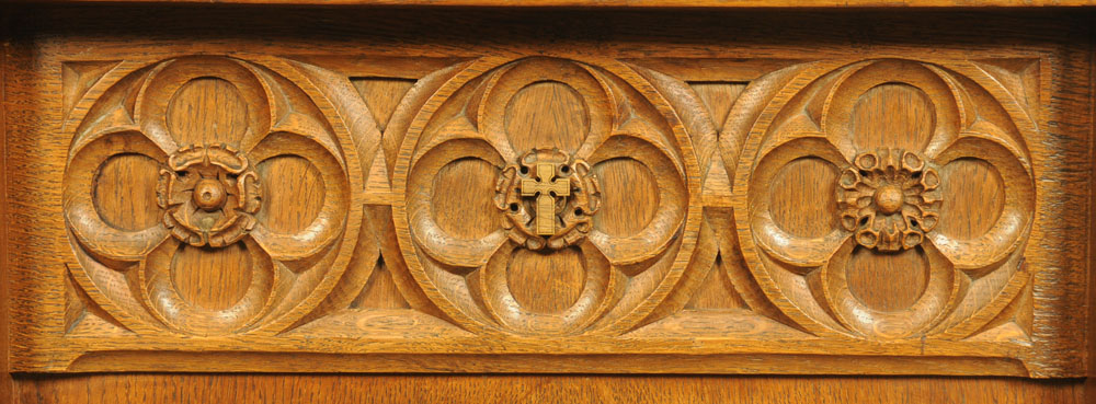 A Lizardman carved oak Gothic style lectern, with typical trademark carved lizard. - Image 4 of 4