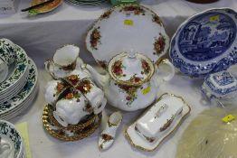 Royal Albert Old country Rose tea set, teapot, sandwich plate,