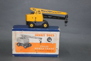 A Dinky Coles mobile crane (571),
