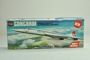 Airfix plastic model aircraft comprising 1/144 Concorde. Appears complete with box.